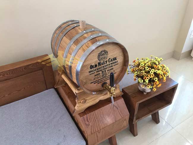 Cách sử dụng Bom rượu gỗ sồi