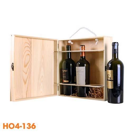 Hộp rượu bằng gỗ đựng 3 chai khá cân đối