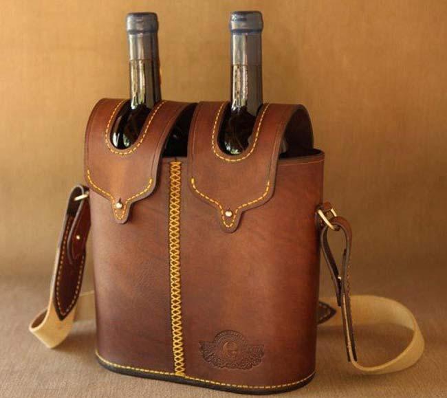 Túi da đựng chai rượu có quai mang