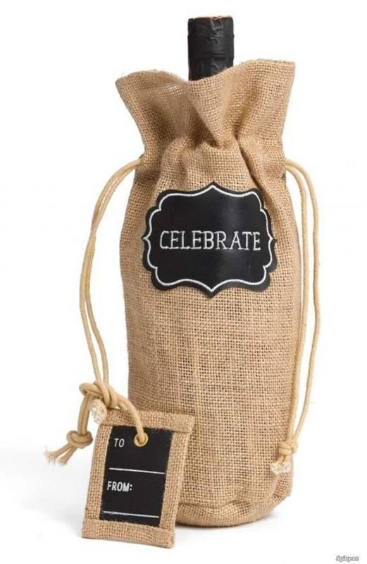 Túi quà đựng rượu chất liệu vải không dệt vừa đẹp vừa bền