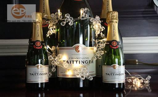 Rượu Champagne là gì