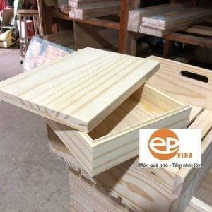 Hộp gỗ thông có nắp cao cấp