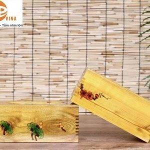 hộp khăn giấy gỗ hoa văn