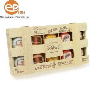 """Sôcôla duc d""""o nhân rượu hộp gỗ 125g"""