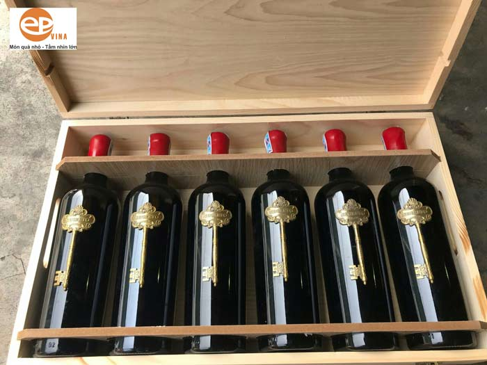 Rượu vang hộp gỗ 6 chai vang Ý Segreto